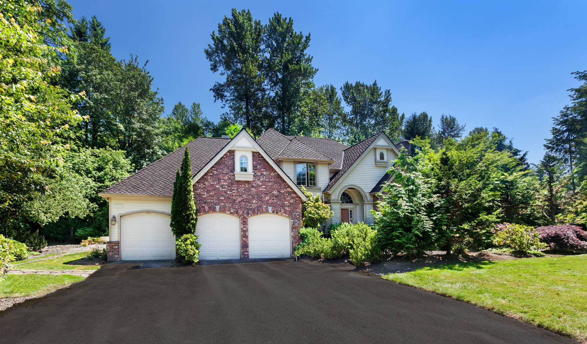 Pacific Northwest Home Inspections exterior Washington brick home